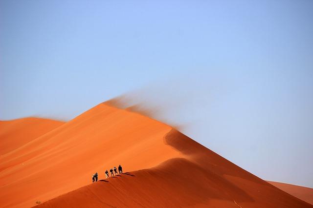 Thuraya vaelluksille ja aavikoille